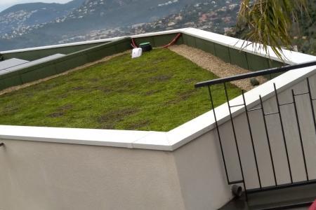 Végétalisation de toit : Création de toiture végétalisée pour un constructeur à Mandelieu (06)