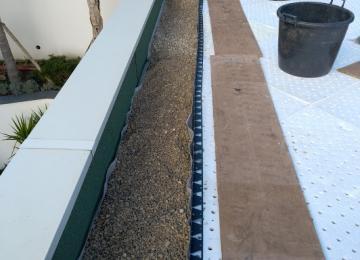 Pose de drains étanchéité toiture végétalisée Mandelieu - Clean Jardin Antibes