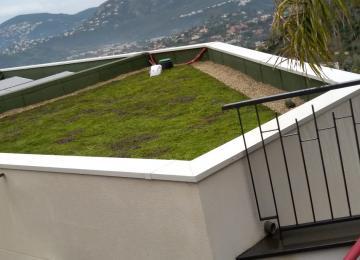 Création d'une toiture verte et végétale à Mandelieu - Clean Jardin à Antibes
