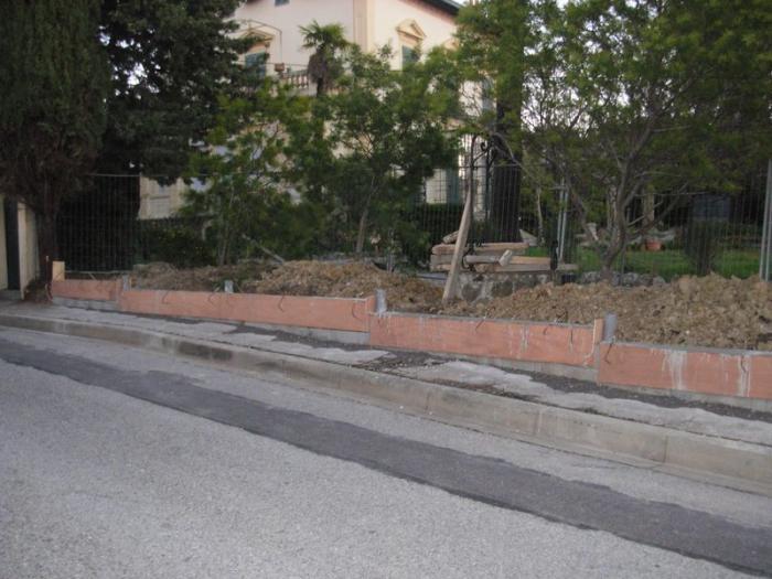 Cl ture en panneaux rigides antibes cl ture for Entretien jardin 93