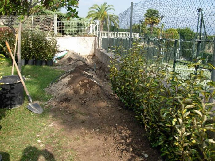 cr ation de jardin antibes entreprise am nagement de jardin. Black Bedroom Furniture Sets. Home Design Ideas