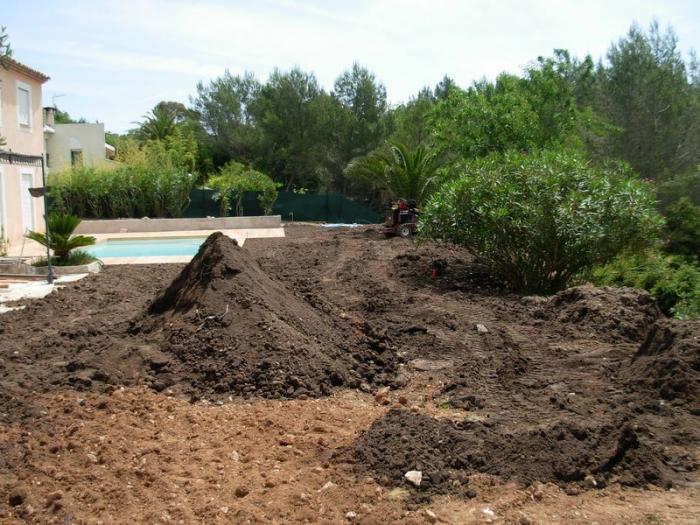 terrassement et terre v g tale jardin mougins entreprise remise en tat de jardin. Black Bedroom Furniture Sets. Home Design Ideas