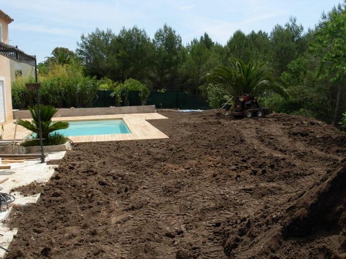 terrassement et terre v g tale jardin mougins remise en tat de jardin. Black Bedroom Furniture Sets. Home Design Ideas